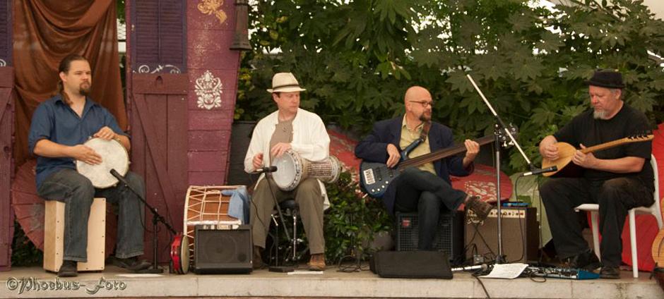 playing at JamBallah NW 2012 - Photo by Phoebus-Foto